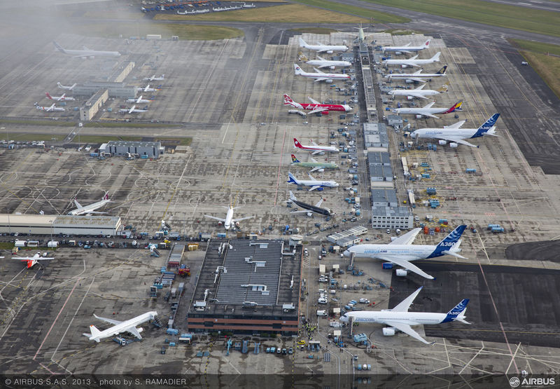 800x600_1371200644_A350_XWB__preparing_for_first_take_off