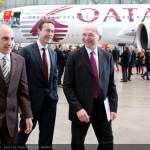 800x600_1391442309_Qatar_Airways_CEO_visit_-_Airbus_A350XWB_Final_Assembly_Line