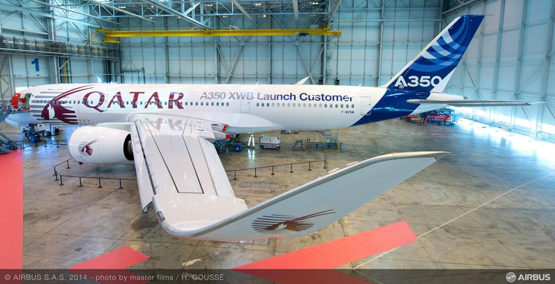 800x600_1391442312_Qatar_Airways_CEO_visited_Airbus_A350XWB_Final_Assembly_Line___1_