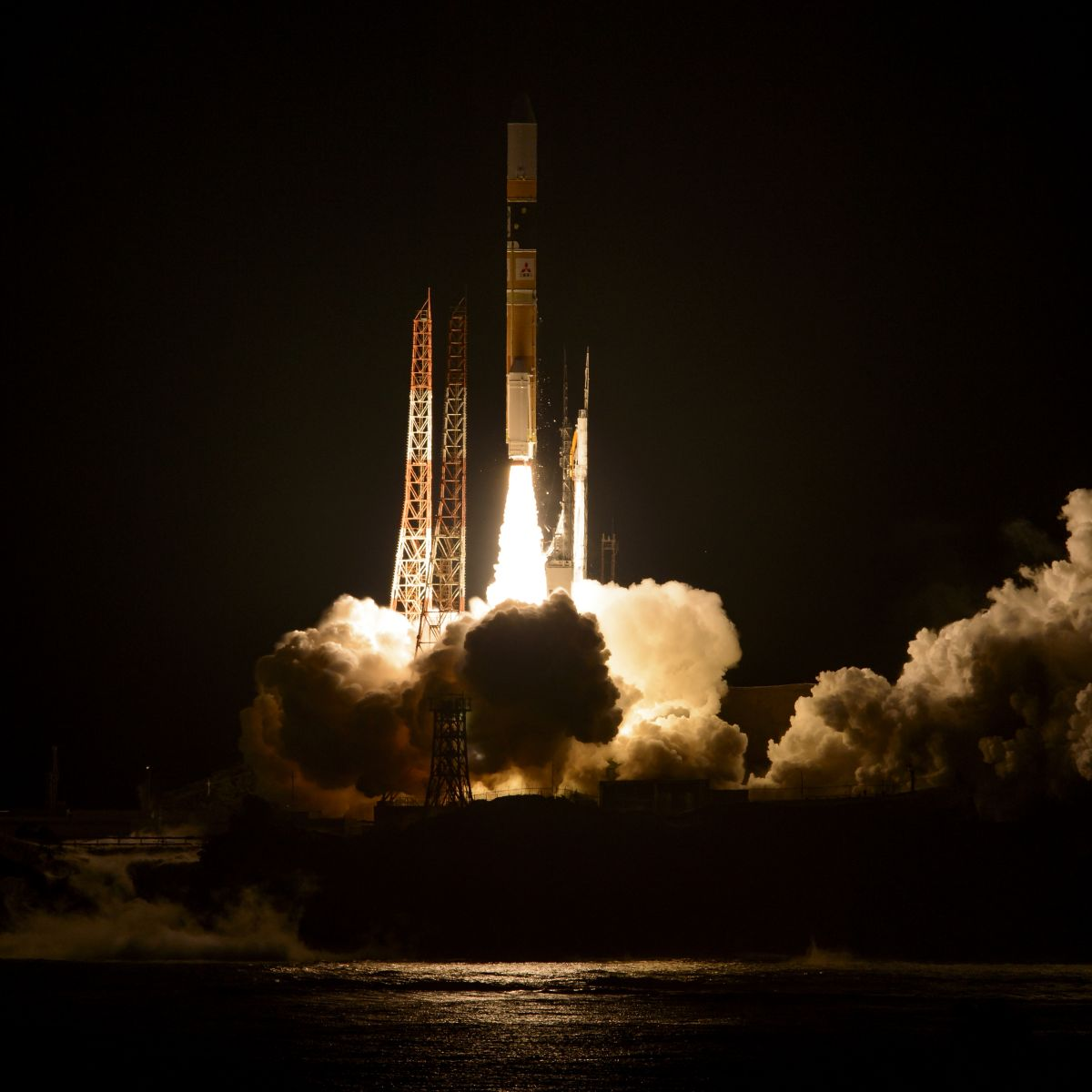 H-IIでGPM主衛星を打ち上げ