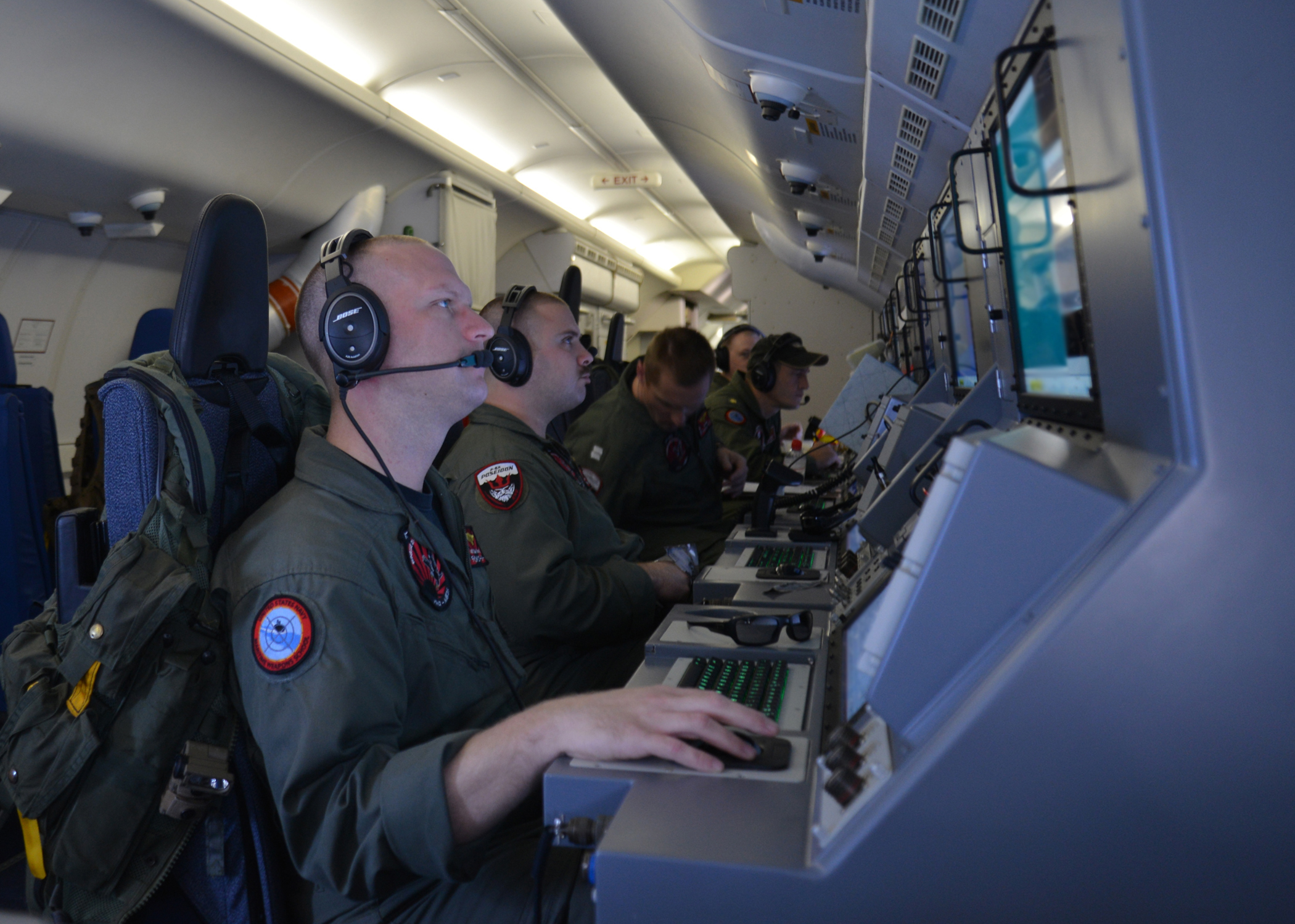 P-8A Poseidon searches for Malaysia Airlines flight MH370 in US Seventh Fleet