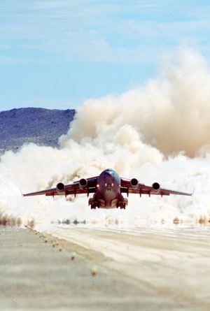 C17 TAKEOFF / BICYCLE LAKE ACTIVITY (7-18-95)