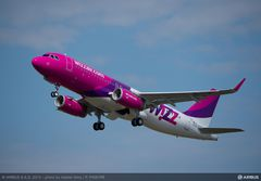240x170_1402384156_A320_Wizzair_take_off
