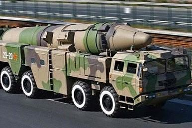 DF-21D 弾道ミサイル