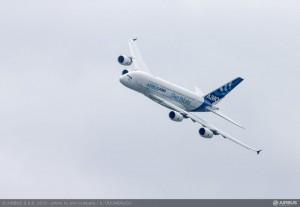 800x600_1371819815_A380_MSN4_flight_demo_day_5