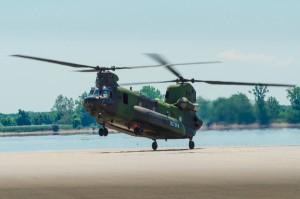 CH-47+266375-032_med