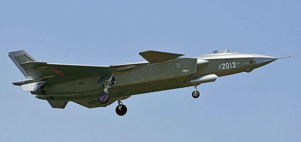 J-20の4機目