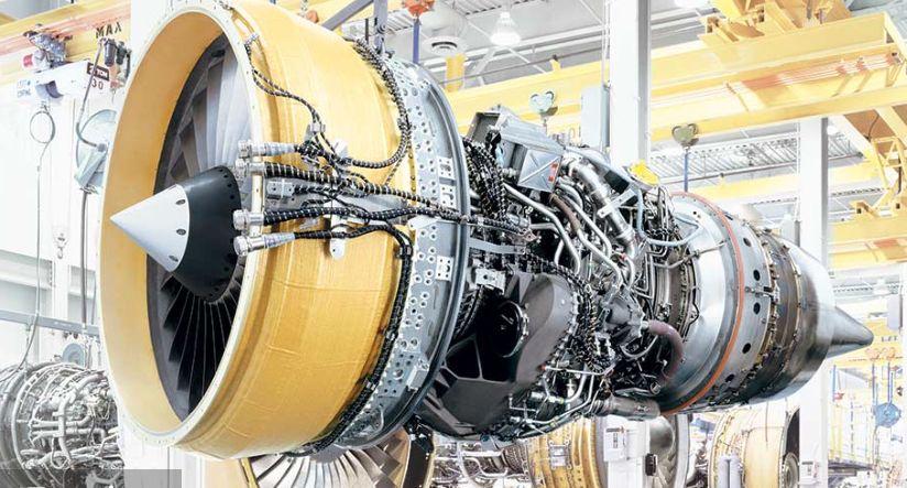 GE CF34エンジン