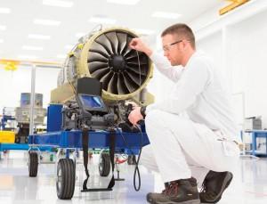 HF120エンジン大きさ