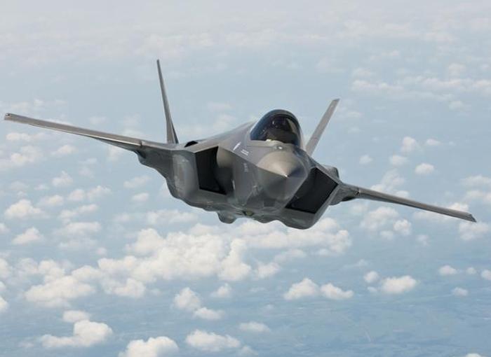 空自向けF-35A