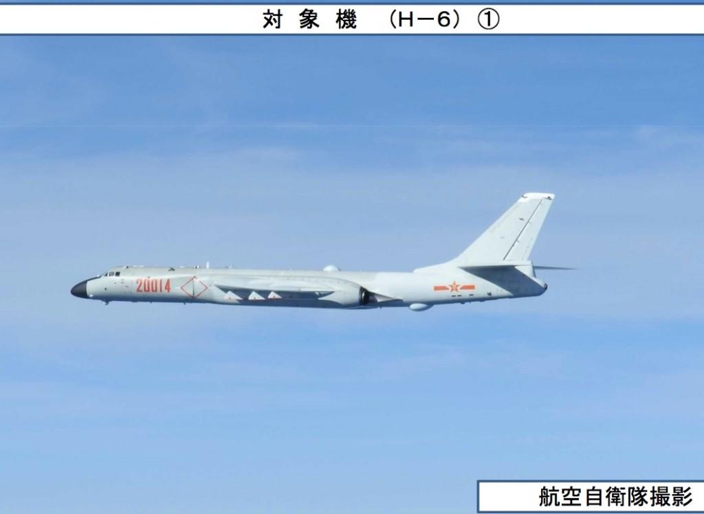 07-13 爆撃機1