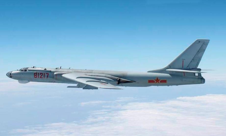 中国爆撃機H-6K