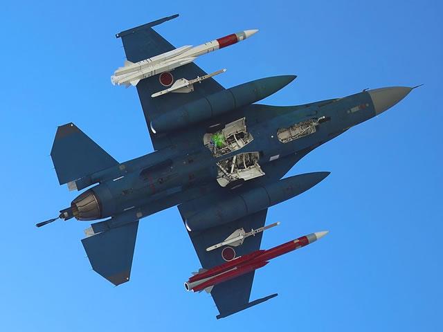 XASM-3_F2_Japan_JASDF_anti-ship_missile_2