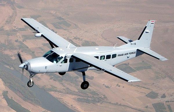 600px-Iraqi_Air_Force_Cessna_208_Caravan_training_mission