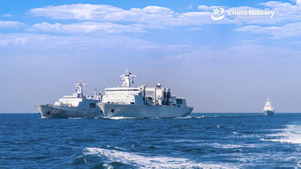 中国補給艦